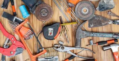 ręczne narzędzia budowlane